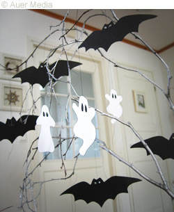 Halloween Craft Ideas  Grade on Gcc Games Crafts Coloring   Halloween Crafts   Halloween Tree With